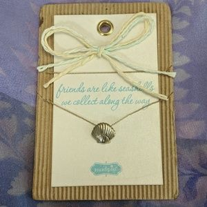 """Mud Pie Seashell Necklace 18"""" Chain New"""